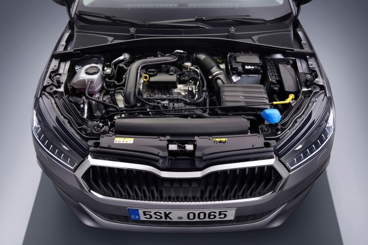 Skoda Fabia 2021 Motor 1