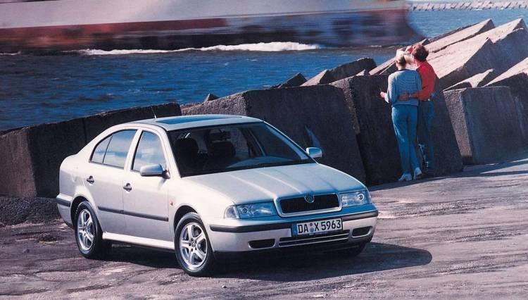 Skoda Octavia Motor Tdi Video 0518 02