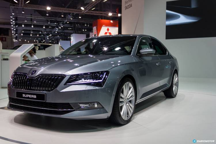 skoda-superb-2015-bcn-2-mdm