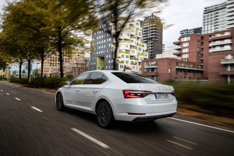 Skoda Superb Iv 2020 12