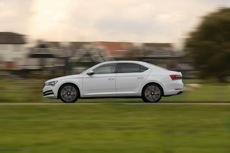 Skoda Superb Iv 2020 7