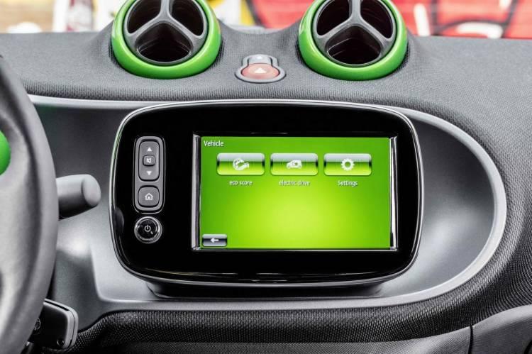 smart-electric-drive-2016-16