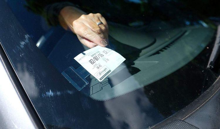 Soporte Ticket Parabrisas