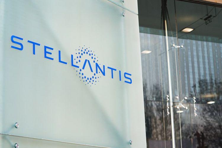 Stellantis 04
