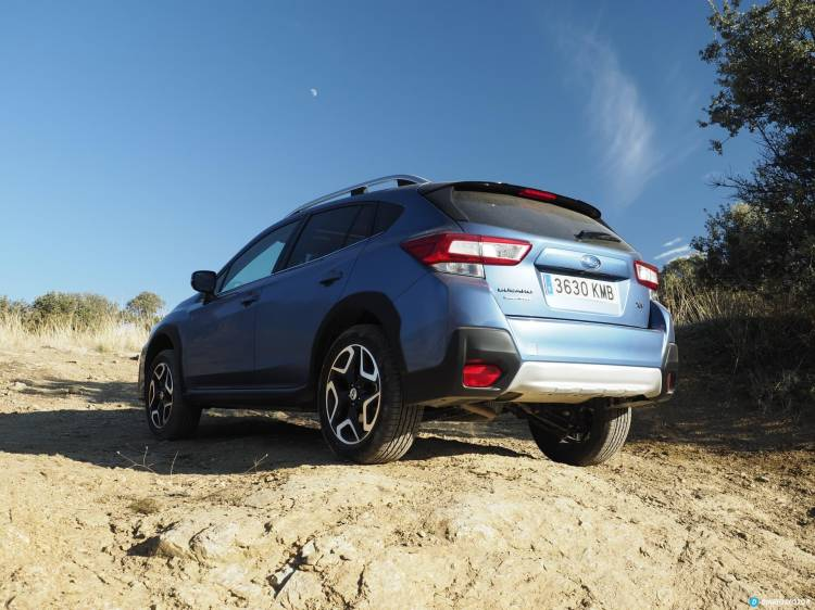 Subaru Xv Trasera 00003