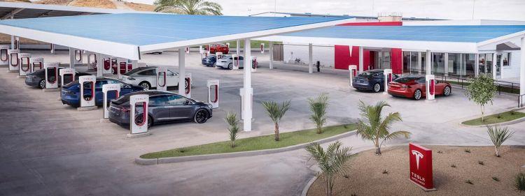 Supercharger Restaurantes Tesla