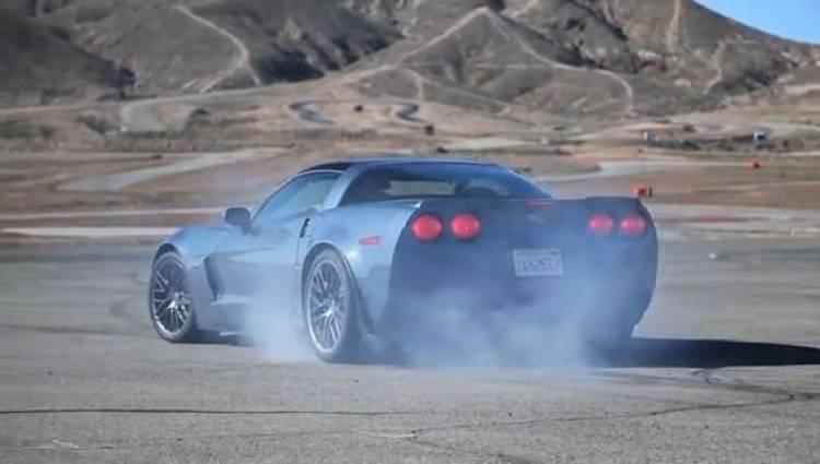 Nissan GT-R, Corvette Z06 y Shelby GT500, duelo de altura en vídeo