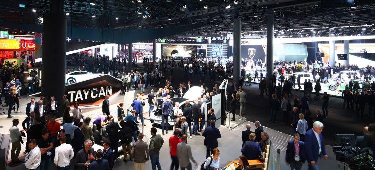 Suv Salon De Frankfurt Panoramica