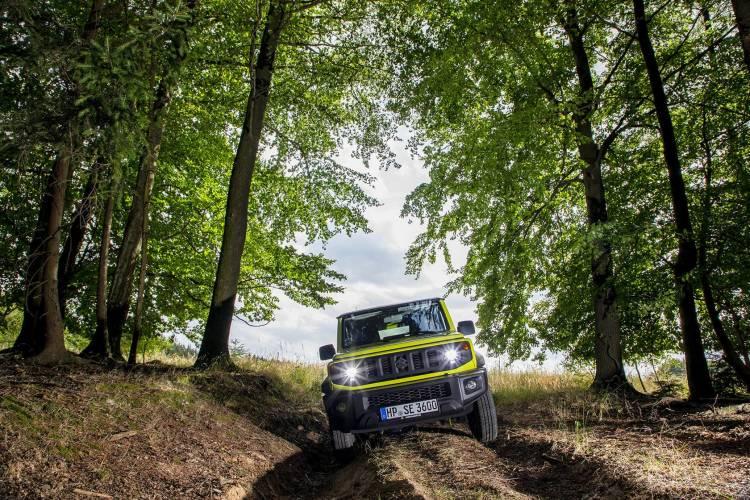 Suzuki All New Jimny 09