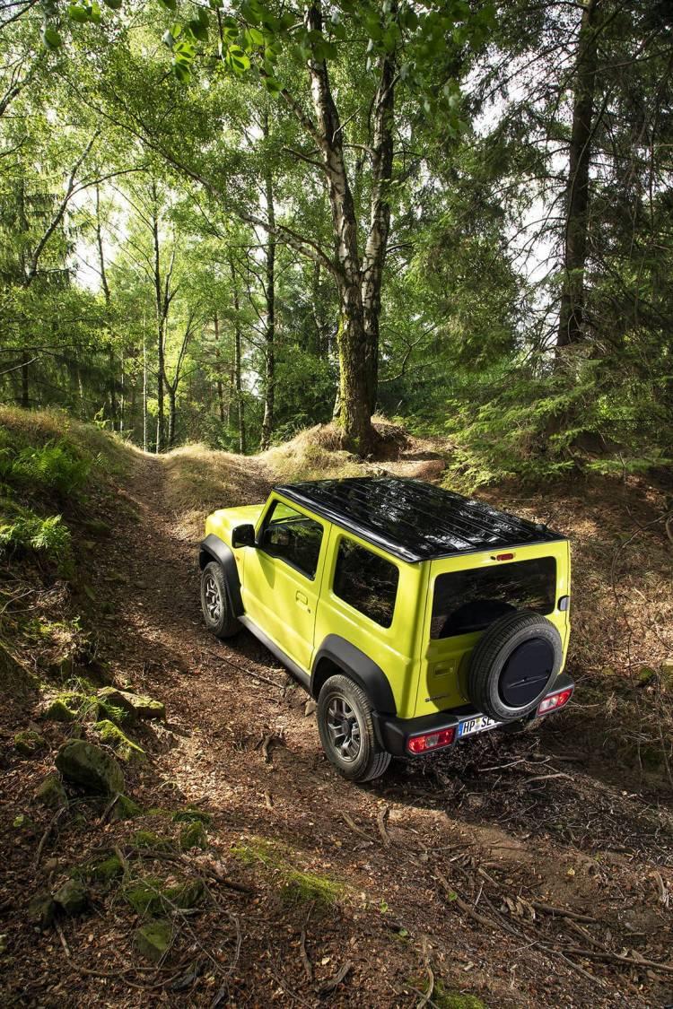 Suzuki All New Jimny 11