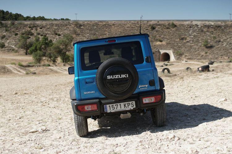 Suzuki Jimny Vs Mercedes Clase G 00001