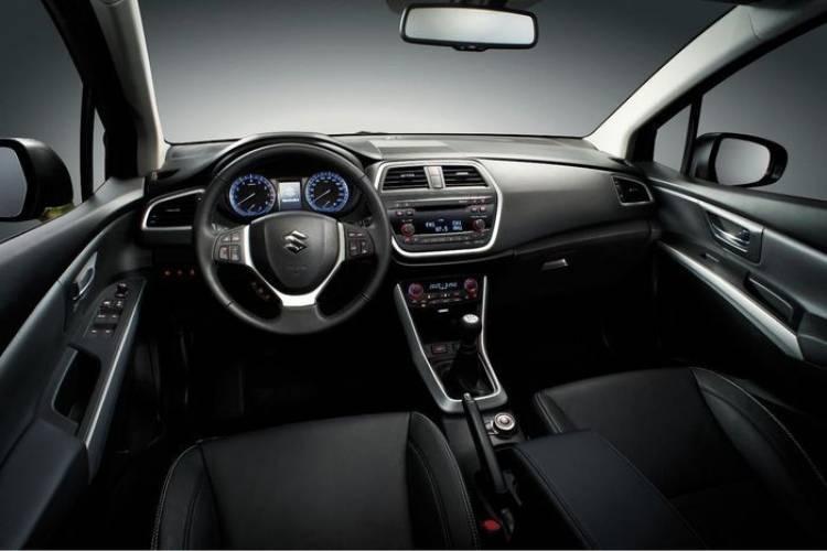 El nuevo Suzuki SX4 es un crossover con el Nissan Qashqai en su punto de mira