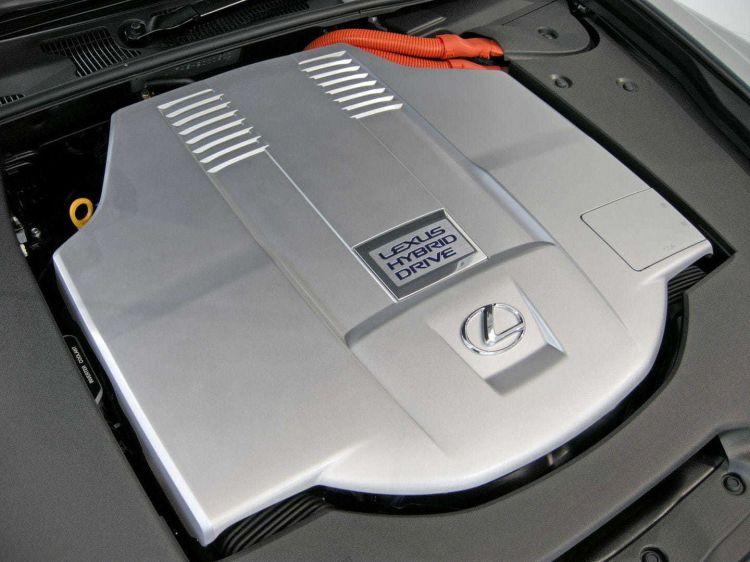 Tapa Motor Lexus Hibrido