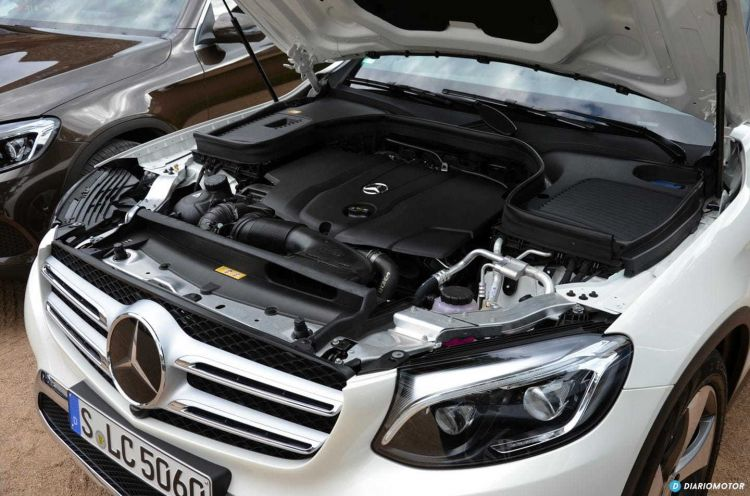 Tapa Motor Mercedes Glc