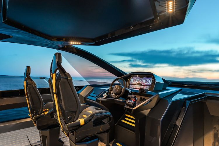 Tecnomar Lamborghini 63 1