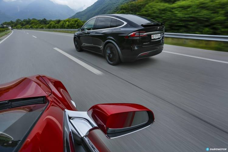 Tesla Gran Ruta Suiza 0718 010