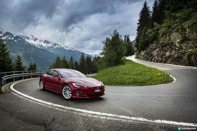 Tesla Gran Ruta Suiza 0718 014