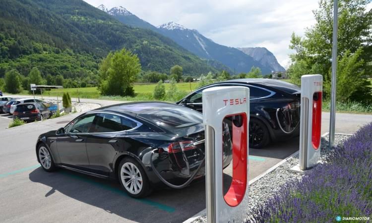 Tesla Gran Ruta Suiza 0718 034