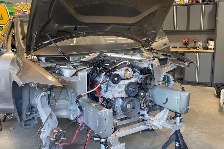 Tesla Model S Motor V8 Chevrolet 1