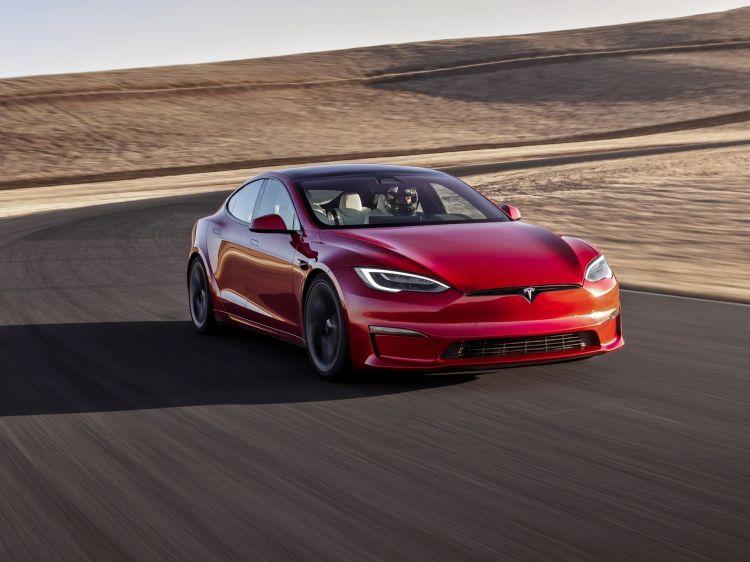 Tesla Model S Plaid 2021 0921 027