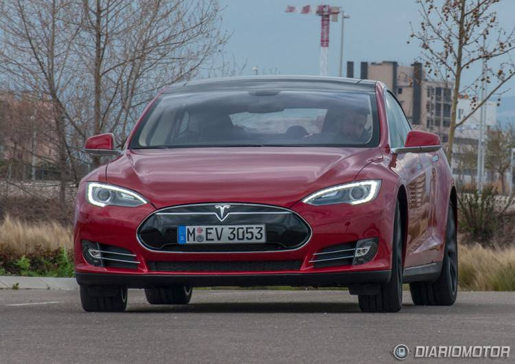 Tesla Model S a prueba en California