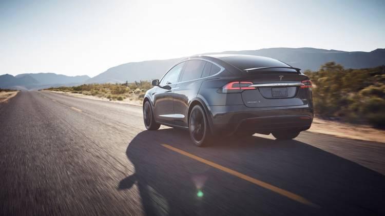 Tesla Model X 30