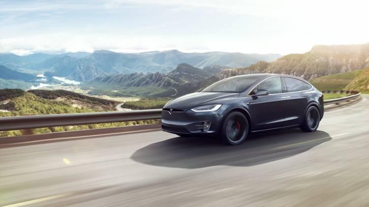 Tesla Model X 31