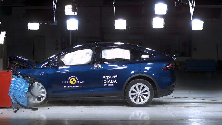 Tesla Model X Euroncap
