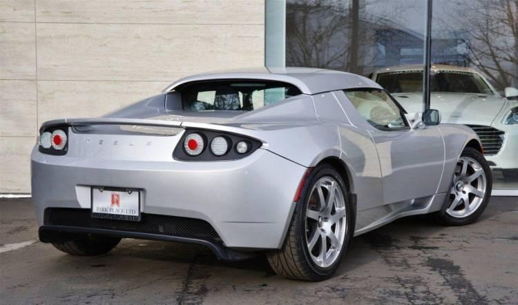 tesla-roadster-millon-euros-11