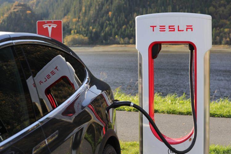 Tesla Supercargadores Baterias