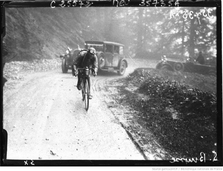 Tour De France Cycliste Agence De Btv1b9025664d 1 Resized