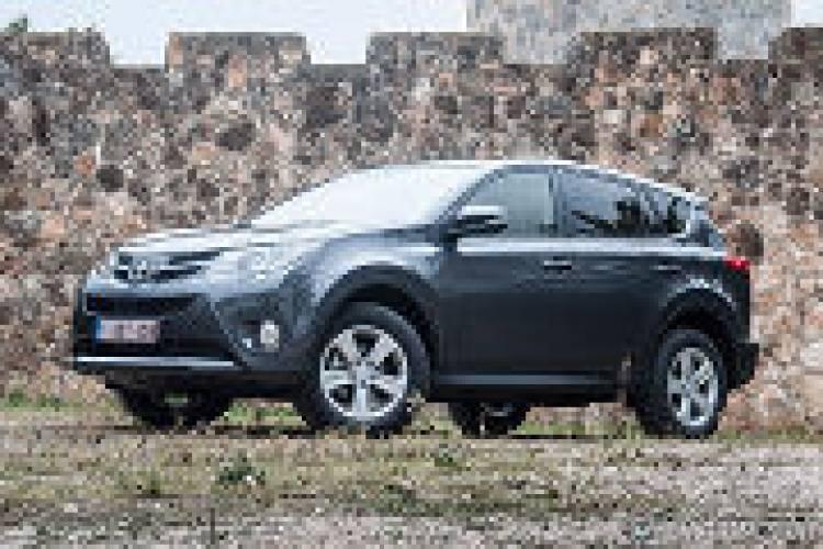 Gama y precios del Toyota RAV4 para España
