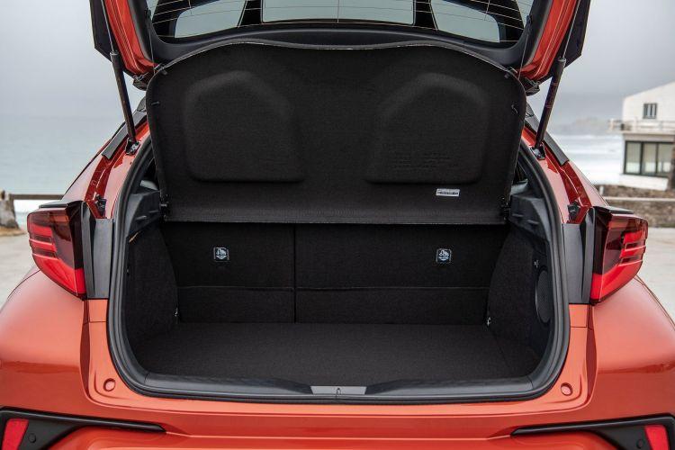 Toyota C Hr 2020 Interior 17