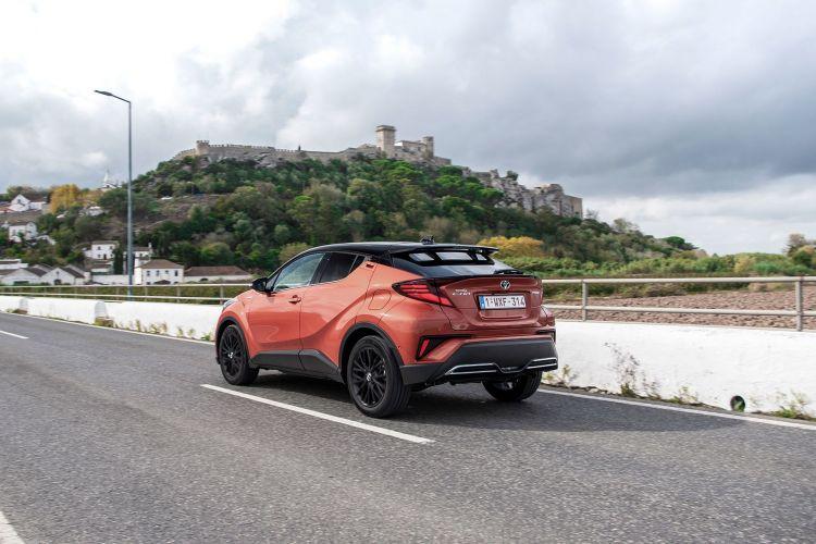 Toyota C Hr 2020 Naranja Movimiento 03