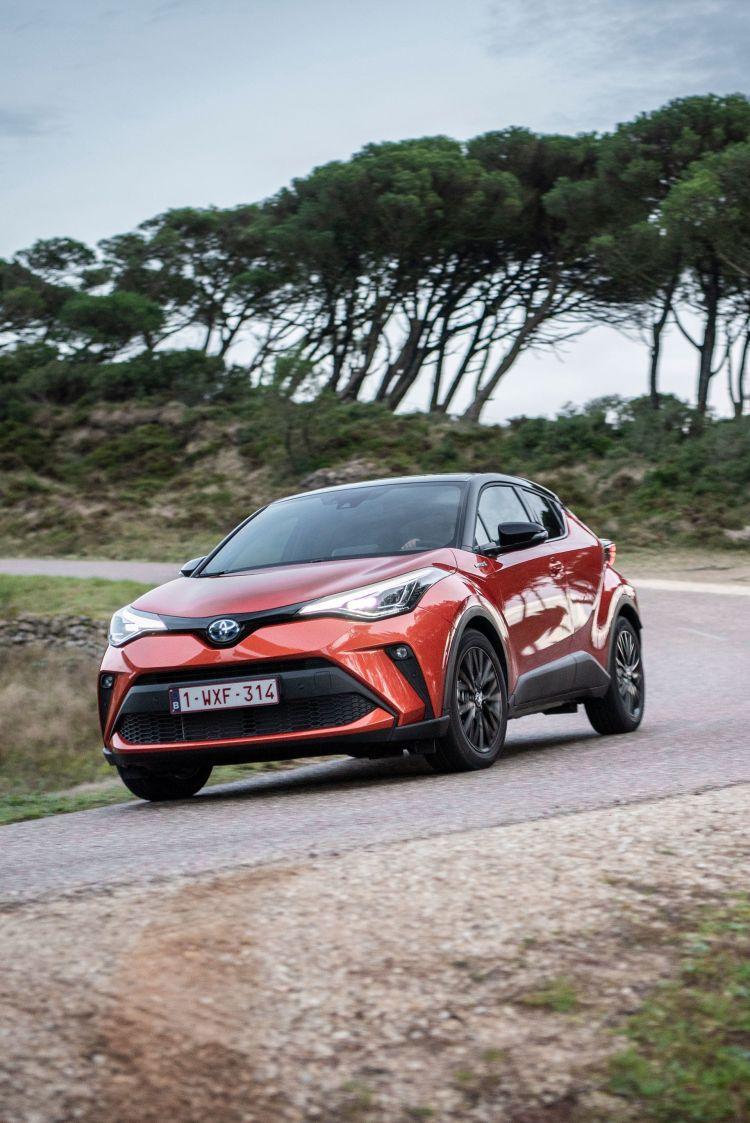 Toyota C Hr 2020 Naranja Movimiento 20
