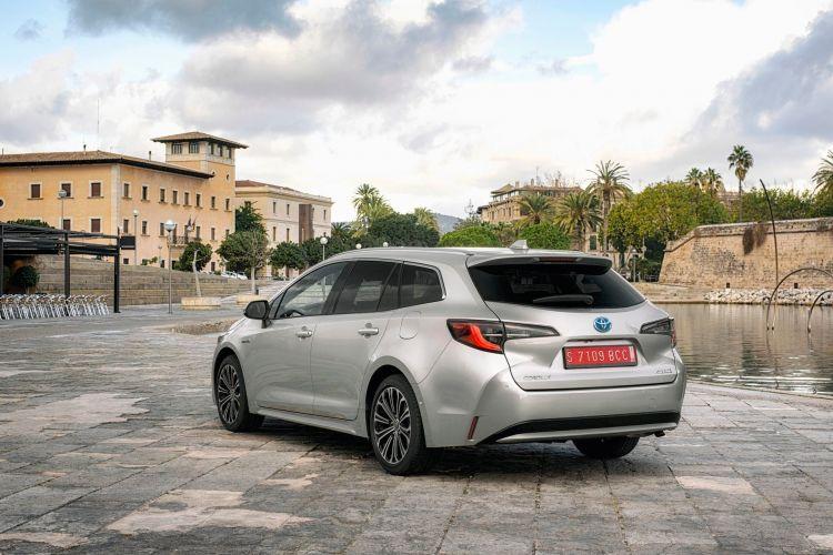 Toyota Corolla Touring Sport 29 Plata