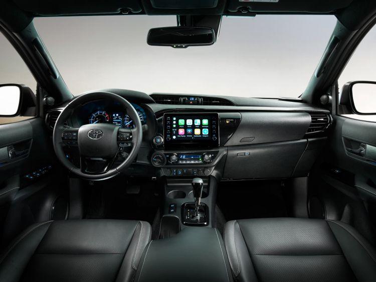 Toyota Hilux 2021 07