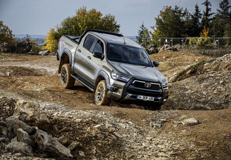 Toyota Hilux 2021 Preventa 12