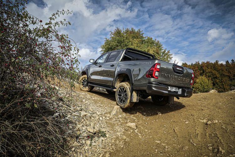 Toyota Hilux 2021 Preventa 15