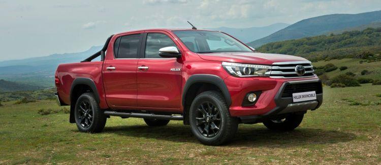Toyota Hilux Invincible P