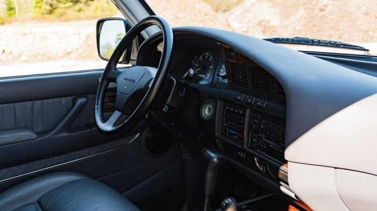 Toyota Land Cruiser Fzj80 02