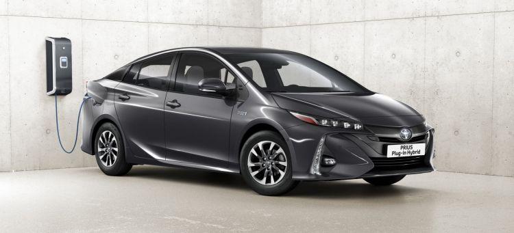 Toyota Prius Plug In 2021 Portada
