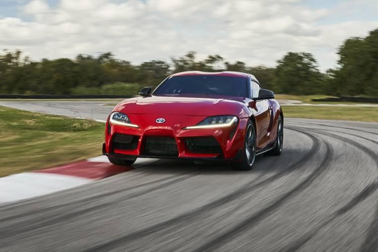 Toyota Supra Rojo Filtrado 13