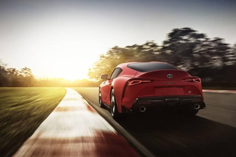 Toyota Supra Rojo Trasera 2019 002
