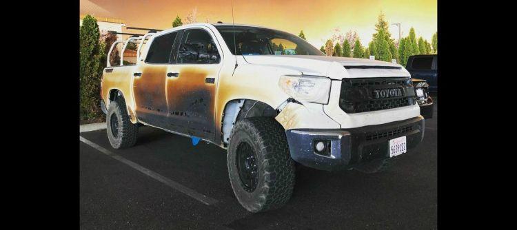 Toyota Tundra Incendio