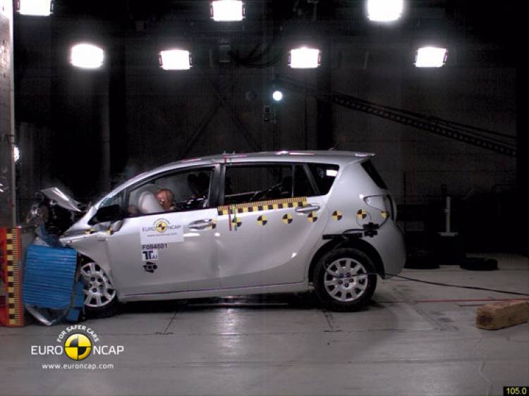 Toyota Verso EuroNCAP