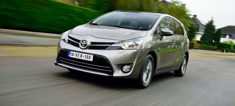 Toyota Verso Fin