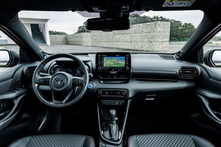 Toyota Yaris 2020 Interior 02