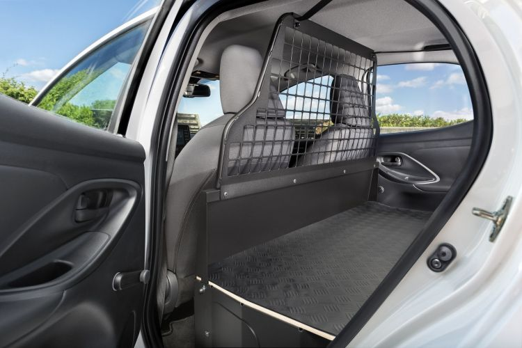 Toyota Yaris Ecovan 6