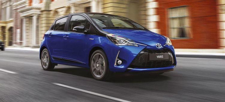 Toyota Yaris Hibrido Azul Oferta Mayo 2020